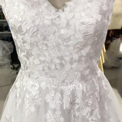 Embrodery Lace V Back Wedding Dress..