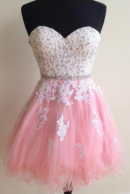 Fantastic Pearls Crystal Short Prom Dresses,White Lace Appliques Homecoming Dresses,Puffy Tulle Graduation Dresses