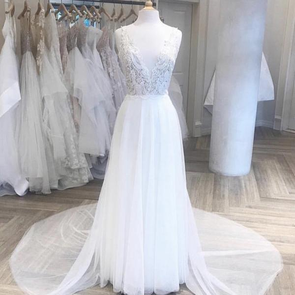 V Neckline Lace A Line Bridal Dresses,Sweep Train Chiffn Beach Wedding Dresses 2019